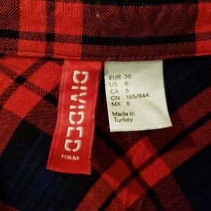 H&M Tops - H&M Divided Plaid Button Down Shirt